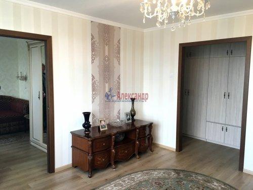 3-комнатная квартира (57м2) на продажу по адресу Раевского пр., 20— фото 4 из 31