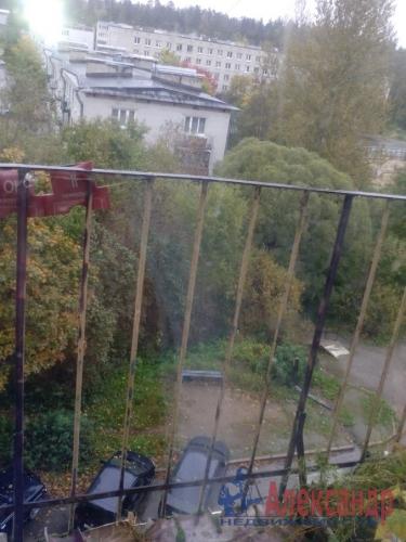 3-комнатная квартира (60м2) на продажу по адресу Кузнечное пгт., Юбилейная ул., 4— фото 6 из 7