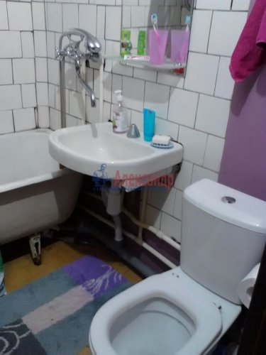 2-комнатная квартира (46м2) на продажу по адресу Металлистов пр., 90— фото 10 из 12
