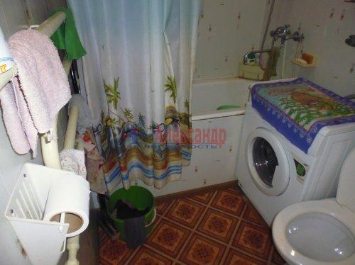 2-комнатная квартира (41м2) на продажу по адресу Подпорожье г., Паромная ул., 31— фото 5 из 12