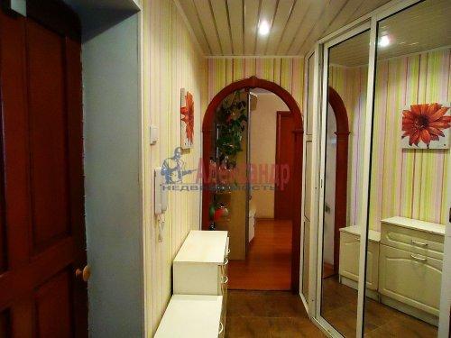 4-комнатная квартира (64м2) на продажу по адресу Славы пр., 12— фото 9 из 13