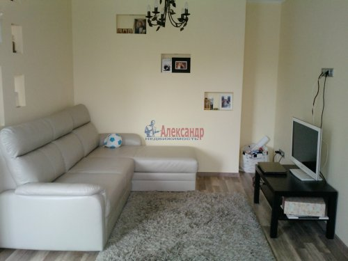2-комнатная квартира (45м2) на продажу по адресу Выборг г., Ленина пр., 4— фото 4 из 14