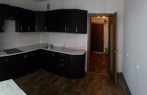 1-комнатная квартира (40м2) на продажу по адресу Маршала Казакова ул., 78— фото 5 из 10