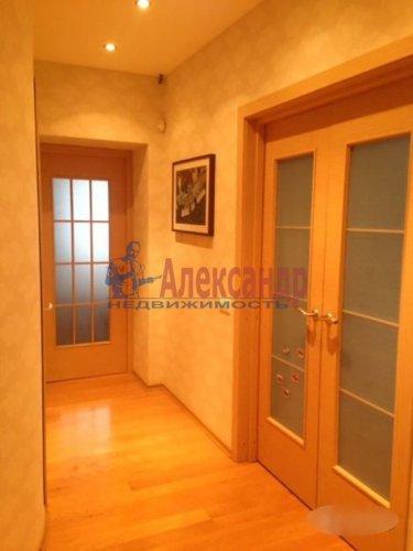2-комнатная квартира (72м2) на продажу по адресу Науки пр., 63— фото 6 из 18