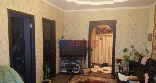 2-комнатная квартира (63м2) на продажу по адресу Ворошилова ул., 27— фото 4 из 13