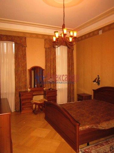 5-комнатная квартира (178м2) на продажу по адресу 7 линия В.О., 32— фото 12 из 22