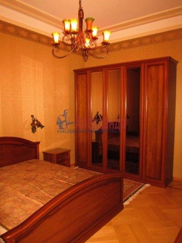 5-комнатная квартира (178м2) на продажу по адресу 7 линия В.О., 32— фото 13 из 22