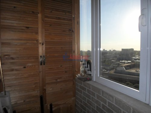 2-комнатная квартира (63м2) на продажу по адресу Ворошилова ул., 27— фото 10 из 13