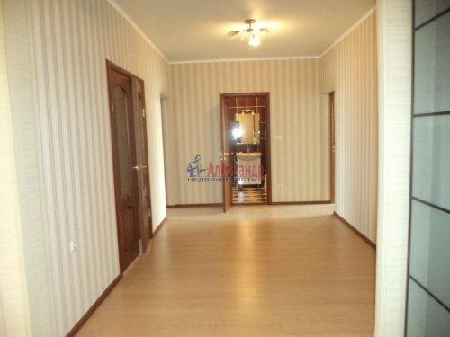 3-комнатная квартира (109м2) на продажу по адресу Луначарского пр., 13— фото 12 из 27
