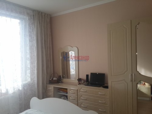 2-комнатная квартира (55м2) на продажу по адресу Катерников ул., 5— фото 5 из 12