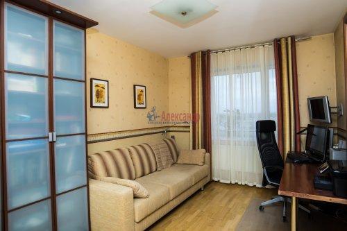 3-комнатная квартира (145м2) на продажу по адресу Коломяжский пр., 20— фото 32 из 33