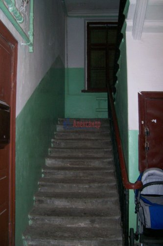 Комната в 4-комнатной квартире (89м2) на продажу по адресу Зверинская ул., 17а— фото 6 из 8