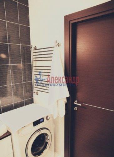 1-комнатная квартира (50м2) на продажу по адресу Науки пр., 17— фото 2 из 10
