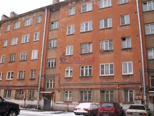Комната в 3-комнатной квартире (69м2) на продажу по адресу Ткачей ул., 46— фото 1 из 13