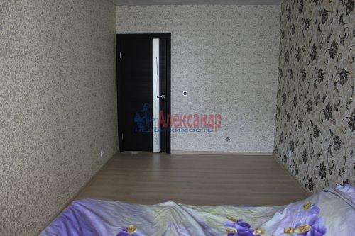 2-комнатная квартира (58м2) на продажу по адресу Шушары пос., Новгородский просп., 10— фото 3 из 16