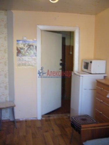 Комната в 6-комнатной квартире (60м2) на продажу по адресу Кириши г., Пионерская ул., 2— фото 1 из 2