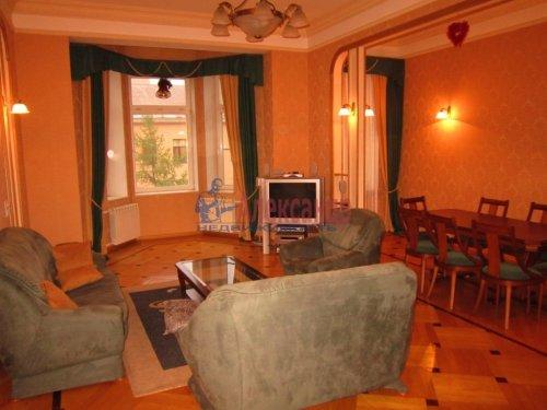 5-комнатная квартира (178м2) на продажу по адресу 7 линия В.О., 32— фото 19 из 22