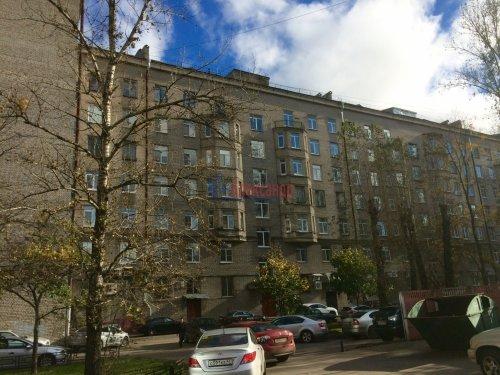2-комнатная квартира (59м2) на продажу по адресу Московский просп., 189— фото 3 из 11