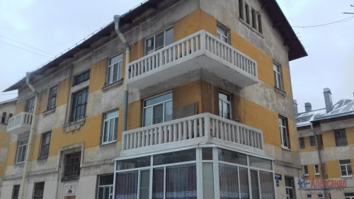2-комнатная квартира (65м2) на продажу по адресу Октябрьская наб., 90— фото 1 из 5