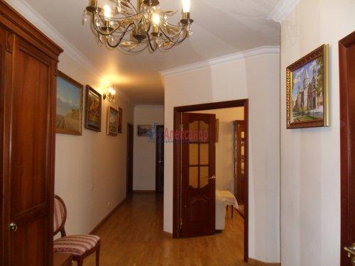 3-комнатная квартира (101м2) на продажу по адресу Науки пр., 17— фото 4 из 33