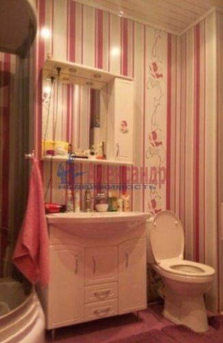 2-комнатная квартира (63м2) на продажу по адресу Ворошилова ул., 27— фото 6 из 13