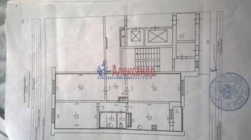 3-комнатная квартира (80м2) на продажу по адресу Героев пр., 24— фото 1 из 6