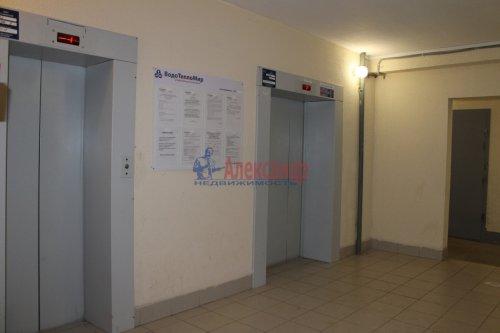 2-комнатная квартира (55м2) на продажу по адресу Мурино пос., Шоссе в Лаврики ул., 34— фото 3 из 13
