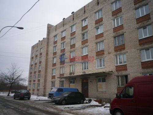 Комната в 5-комнатной квартире (71м2) на продажу по адресу Колпино г., Загородная ул., 48— фото 1 из 2
