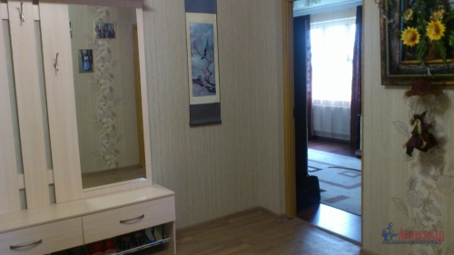 3-комнатная квартира (77м2) на продажу по адресу Осиновая Роща пос., Приозерское шос., 12— фото 11 из 17