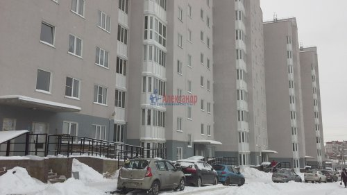2-комнатная квартира (62м2) на продажу по адресу Старая дер., Школьный пер., 5— фото 1 из 21