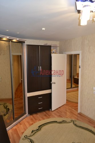 3-комнатная квартира (77м2) на продажу по адресу Маршала Казакова ул., 44— фото 23 из 37