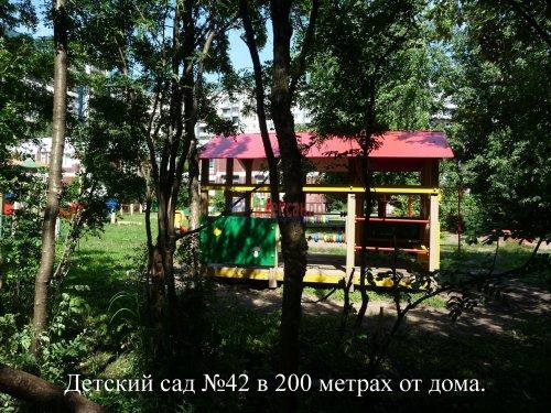 Комната в 6-комнатной квартире (198м2) на продажу по адресу Маршала Новикова ул., 13— фото 7 из 23