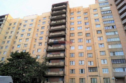3-комнатная квартира (71м2) на продажу по адресу Хошимина ул., 13— фото 2 из 11