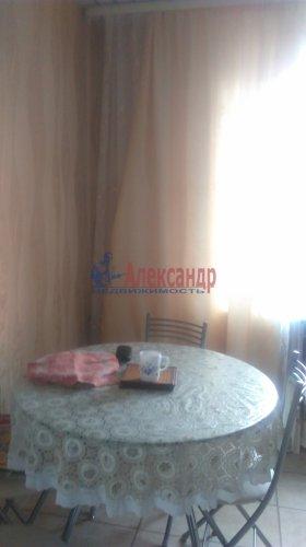 2-комнатная квартира (59м2) на продажу по адресу Пеники дер.— фото 2 из 8