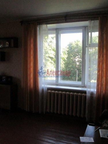 2-комнатная квартира (48м2) на продажу по адресу Кириши г., Мира ул., 4— фото 2 из 8