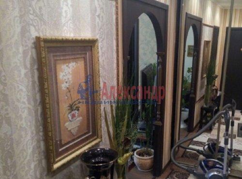 2-комнатная квартира (63м2) на продажу по адресу Ворошилова ул., 27— фото 8 из 13