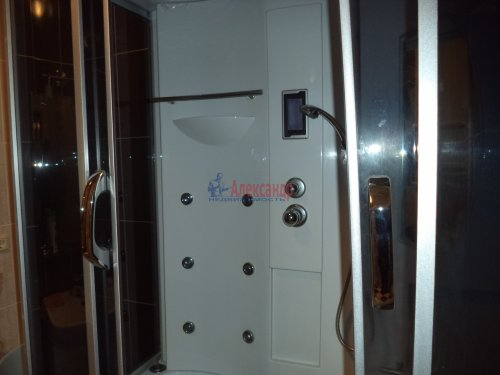 3-комнатная квартира (109м2) на продажу по адресу Луначарского пр., 13— фото 15 из 27