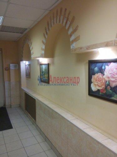 2-комнатная квартира (80м2) на продажу по адресу Просвещения просп., 99— фото 4 из 13