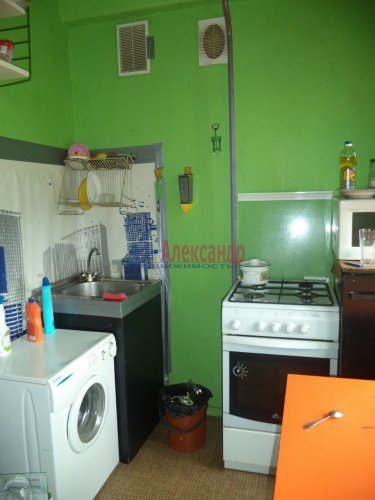 Комната в 2-комнатной квартире (50м2) на продажу по адресу Светлановский просп., 62— фото 4 из 11