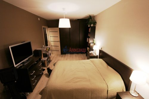 2-комнатная квартира (58м2) на продажу по адресу Парголово пос., Михаила Дудина ул., 25— фото 1 из 9