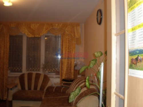 2-комнатная квартира (56м2) на продажу по адресу Глажево пос., 15— фото 3 из 7
