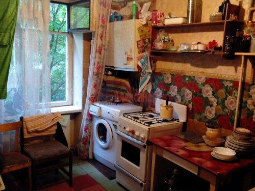 Комната в 4-комнатной квартире (82м2) на продажу по адресу Карпинского ул., 34— фото 5 из 6
