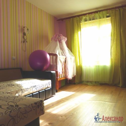 2-комнатная квартира (57м2) на продажу по адресу Отрадное г., Гагарина ул., 14— фото 1 из 7