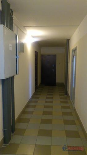 3-комнатная квартира (77м2) на продажу по адресу Осиновая Роща пос., Приозерское шос., 12— фото 14 из 17