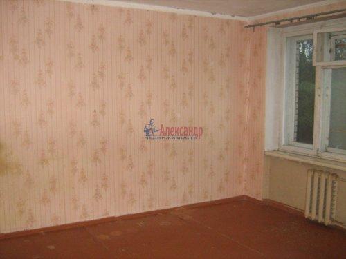 3-комнатная квартира (74м2) на продажу по адресу Кириши г., Строителей ул., 16— фото 2 из 12