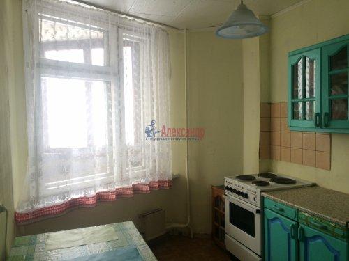 2-комнатная квартира (48м2) на продажу по адресу Новосмоленская наб., 8— фото 3 из 12