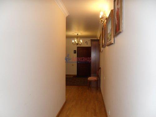 3-комнатная квартира (101м2) на продажу по адресу Науки пр., 17— фото 6 из 33