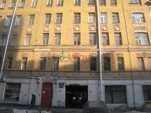 2-комнатная квартира (49м2) на продажу по адресу 18 линия В.О., 9— фото 1 из 9