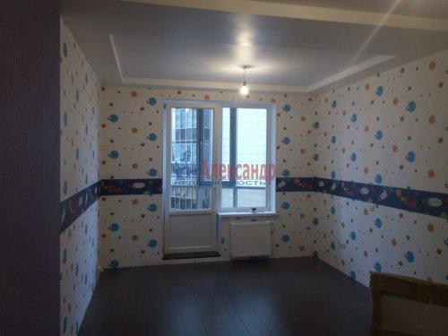 2-комнатная квартира (80м2) на продажу по адресу Просвещения просп., 99— фото 11 из 13