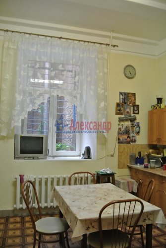 Комната в 4-комнатной квартире (102м2) на продажу по адресу Приморский пр., 14— фото 12 из 17